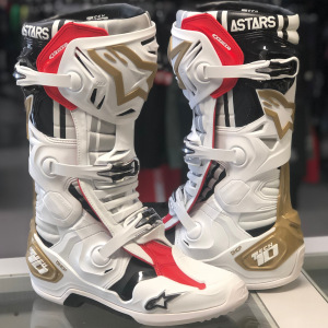Boty na motokros Alpinestars TECH 10 White Silver Gold Limited Edition 2021