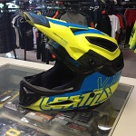 Downhill helma Leatt DBX 5.0 Composite V12 Helmet Lime Blue
