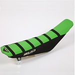 Potah sedla BudRacing Seat Cover FullTraction Kawasaki KX250F / KX450F GreenBlack Black Stripes