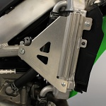 Výztuhy chladičů WorksConnection Radiator Braces Kawasaki KX450F 16-18
